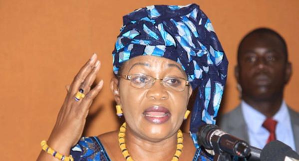 Aïda Mbodji : « Macky est entouré de traitres et d'incompétents »