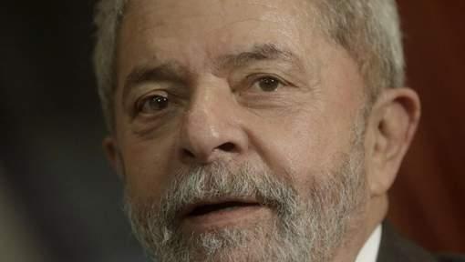 Brésil: Lula inculpé pour corruption et blanchiment d'argent