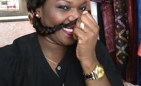 Une téléspectatrice à Eva Tra « tes cheveux sont naturels ou greffage ?»
