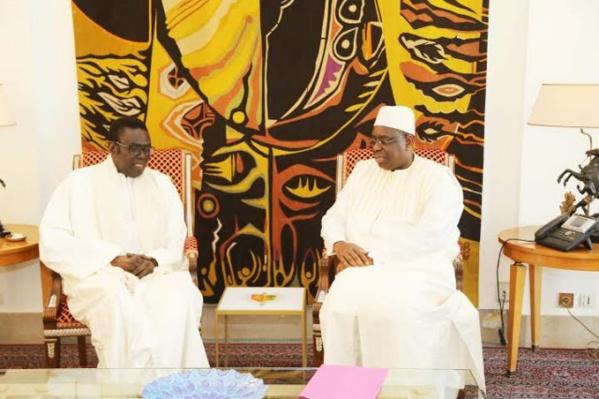 Affligé, le Pr Macky Sall annoncé à la levée du corps de feu Me Mbaye Jacques Diop