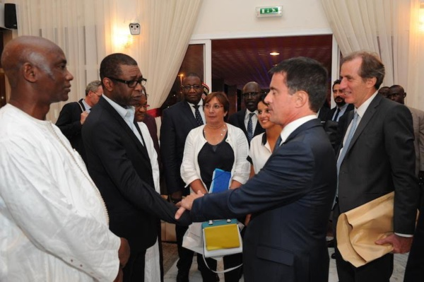 """Vieux amis, que se sont dit notre """"You"""" national et le Premier Ministre Français Manuel Valls?"""