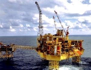 Contrats pétroliers : débat de politiciens et de « prédateurs »
