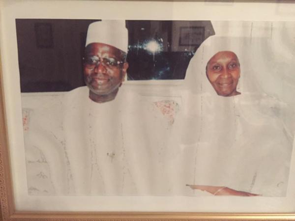 Voici les parents de Baba Wone décédés le même...jour  !