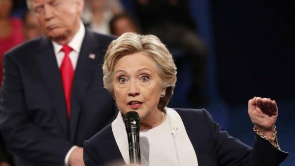 Hillary Clinton, la déroute d'une ambitieuse battue par un novice