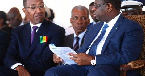 Khalifa Sall et Abdoul Mbaye se dispute le terrain avec Macky