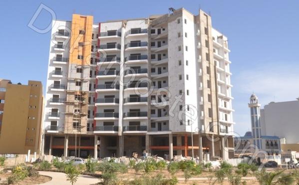 """Le """"Yonou Yokouté"""" du ministre des Infrastructures -  Mansour Elimane Kane construit en catimini son...immeuble R + 9"""