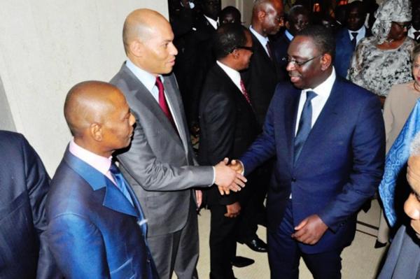 Où sont les Karimistes ? Invisibles à Paris et en perdition à Dakar