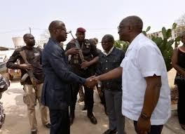Côte d'Ivoire : les mutineries s'étendent à Abidjan