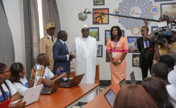 Tournée économique du Président de la République : lancement de l'Espace Numérique Mobile, nouveau dispositif de communication de la Présidence