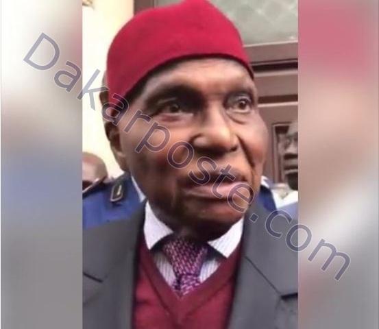 """Me Wade parle du système électoral et confirme dakarposte:  """"Je serais tête de liste de l'opposition (...) Je serais à Dakar avant l'ouverture de la campagne électorale (...) Karim viendra voter (...)"""""""