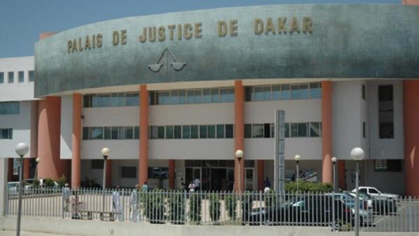 Escroquerie portant sur 22,5 millions francs Cfa: Babacar Sarr traîne sa petite sœur Awa Sarr devant le tribunal