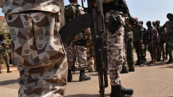 Mutinerie en Côte d'Ivoire: des tirs nourris entendus à Abidjan et Bouaké