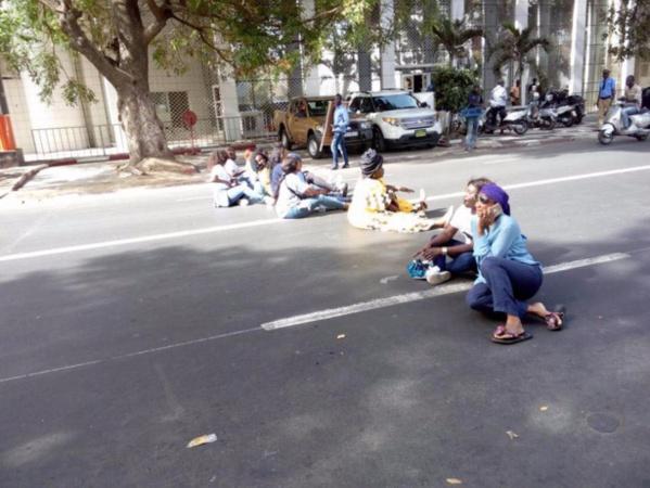 Manifestation des femmes pro-Khalifa : l'adjointe au maire Soham Wardini arrêtée avec 17 autres