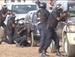 La corniche ouest : la police en plein dans ses manœuvres antiterroristes
