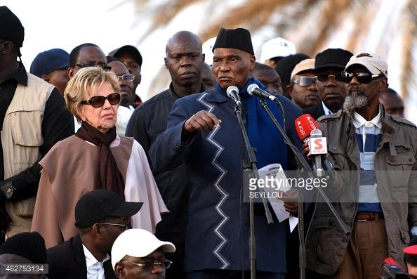A 91 ans, Abdoulaye Wade, la candidature de trop ?