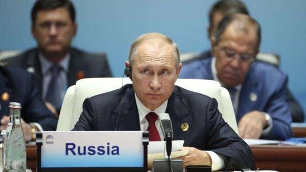 """Corée du Nord : de nouvelles sanctions seraient """"inutiles et inefficaces"""", estime Poutine"""