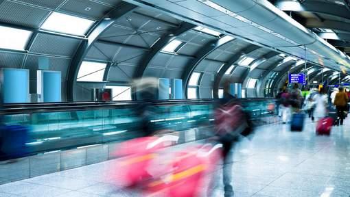 Un homme prétendant porter des explosifs fait évacuer en partie l'aéroport de Francfort
