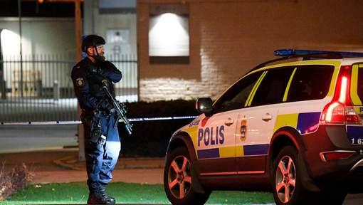 Une explosion souffle l'entrée d'un commissariat en Suède