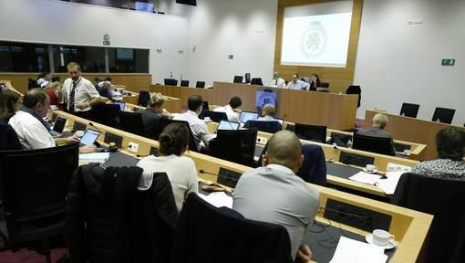 Le projet de rapport de la Commission Panama Papers adopté
