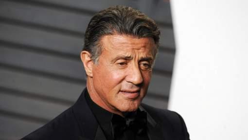 Accusé d'agression sexuelle, Sylvester Stallone est défendu par son ex-femme