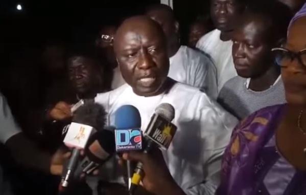 Vidéo: Idrissa Seck à Touba, présente ses condoléances au Khalife général des mourides… Regardez