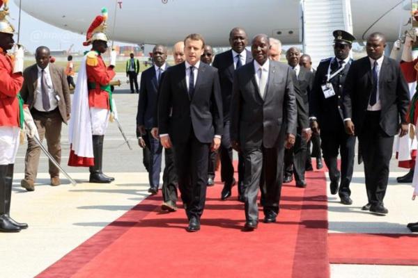 Cote d'ivoire: Emmanuel Macron accueilli dans l' indifférence totale (Photos)