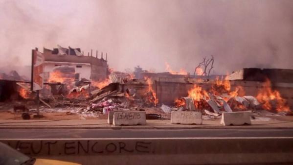 Incendie – Les flammes s'abattent de nouveau sur le parc Lambaye de Pikine