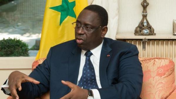 Macky Sall répond à Wade : « Le Sénégal n'a pas de risque d'endettement…C'est une dette qui n'est pas faite pour payer des salaires »