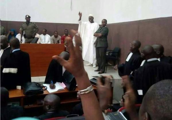 Le maire de Dakar pourrait être jugé en urgence (Le Monde)