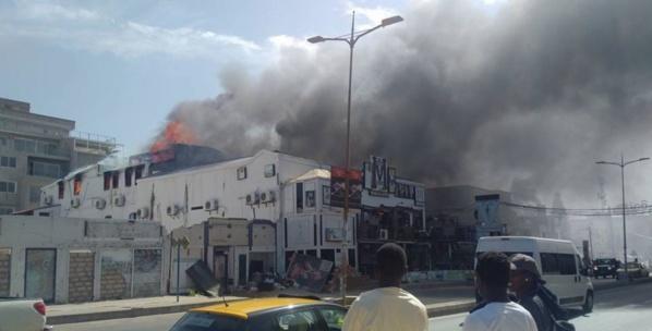Violent incendie à la salle de spectacle du complexe Five aux Almadies