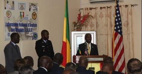 REMISE DE MATERIEL - L'ambassade des USA à Dakar équipe la police nationale