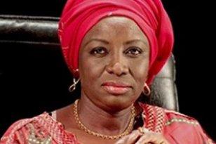 Mimi Touré salue le communiqué du gouvernement
