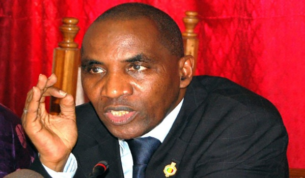 Eternel transhumant, Sada Ndiaye lâche Wade pour Macky Sall