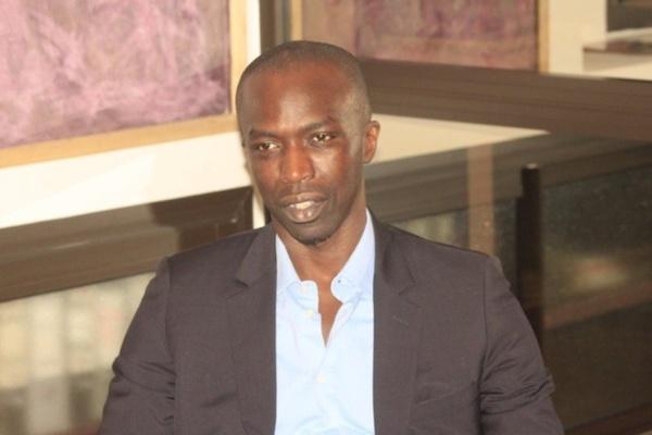 """Abdou Sy dément son frère : """"Serigne Moustapha Sy khamoul Serigne Cheikh. Dou souniou Serigne, dou souniou kilifa. Il doit arrêter les trafics d'influence"""""""