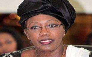 Conseil économique : Aminata Tall met en vente ses vieilles voitures