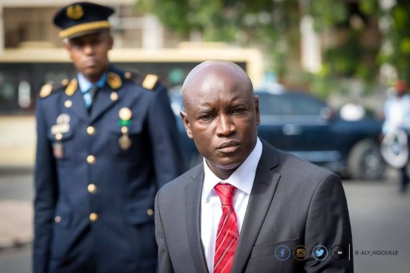 Autorisation de Port d'arme à Feu et pression sur Aly Ngouille N'diaye: De quoi Ahmed Aidara a-t'il- peur?