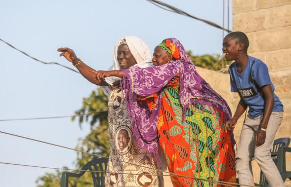 La banlieue dakaroise déroule le tapis rouge à Macky et bat le record d'affluence
