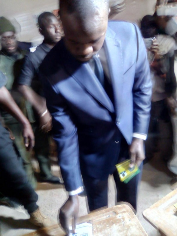 Les images du vote du candidat Ousmane Sonko