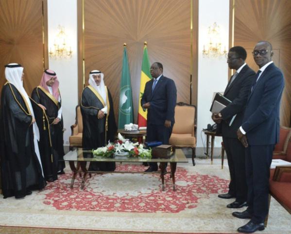 l'ambassadeur du Royaume au Sénégal remet ses lettres de créance