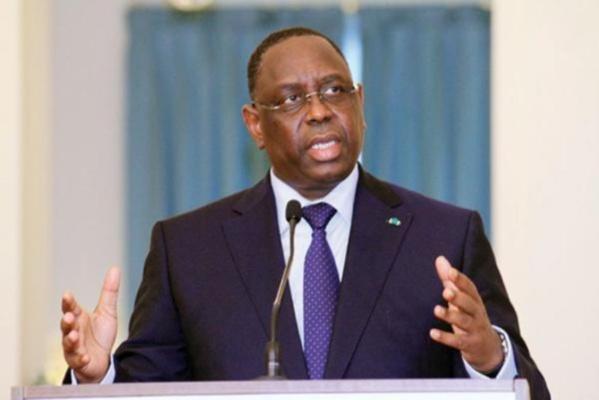 Macky Sall ferme des Consulats et Bureaux économiques