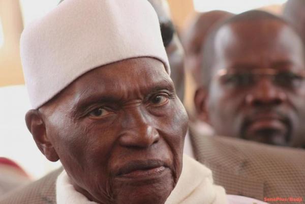 Me Abdoulaye Wade sort du bois pour revigorer ses troupes !
