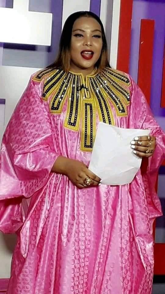 L'animatrice Amina Poté ferait mieux de perdre du poids sinon...