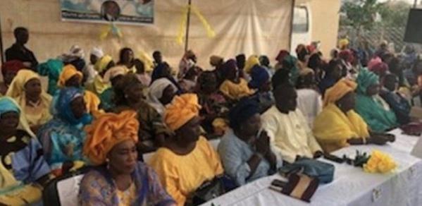 Pds: Les femmes libérales demandent à Wade de «constater l'auto-exclusion d'Oumar Sarr & Cie»