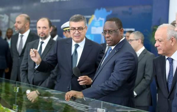 Avant de faire cap sur Dakar, le Pr Macky Sall a visité le  Port de TANGER