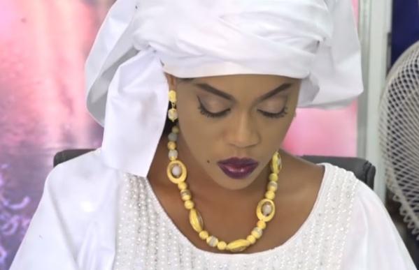 Diffusion d'audios et vidéos de son groupe WhatsApp : Sokhna Aïda Diallo porte plainte contre X à la Dic