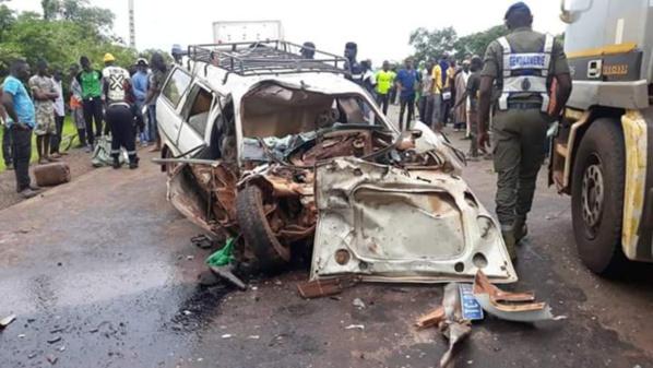 URGENT- Grave accident sur la  sur la route de Kaolack-  Un mort et plusieurs blessés