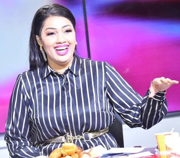 Arrêt sur image! La belle Dieynaba Seydou Bâ de la TFM,  coqueluche des téléspectateurs
