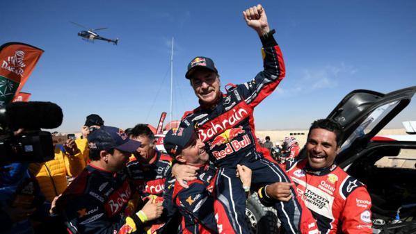 L'Espagnol Carlos Sainz remporte son troisième Dakar