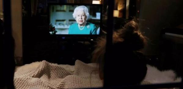 Coronavirus : Elisabeth II demande aux Britanniques de se montrer à la hauteur du défi