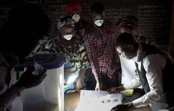 Mali: fronde dans plusieurs villes contre les résultats donnés par la Cour constitutionnelle